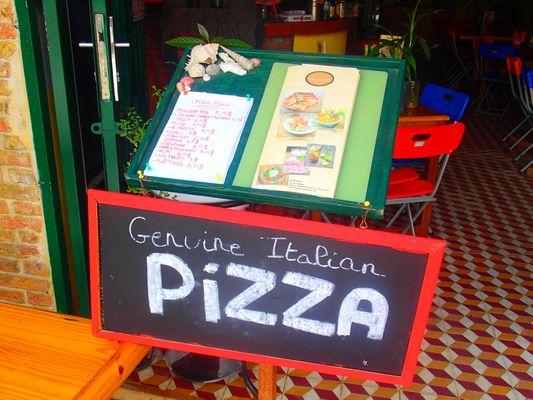 Vendesi ristorante pizzeria in Cambogia - Menu