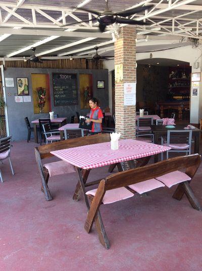 Vendesi pizzeria ristorante in Thailandia - Area Lavoro