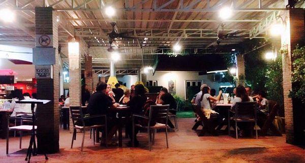Vendesi pizzeria e ristorante in Thailandia